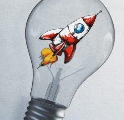 Asymbolfoto Agilität: Eine Comic-Rakete in einer Glühbirne