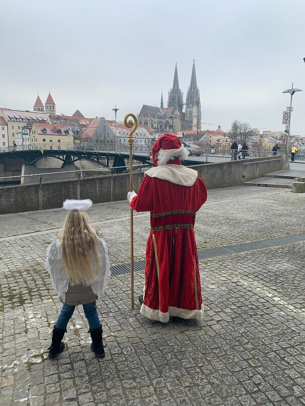Nikolausaktion 2019 - 3 Nikolaus für meropolitan unterwegs